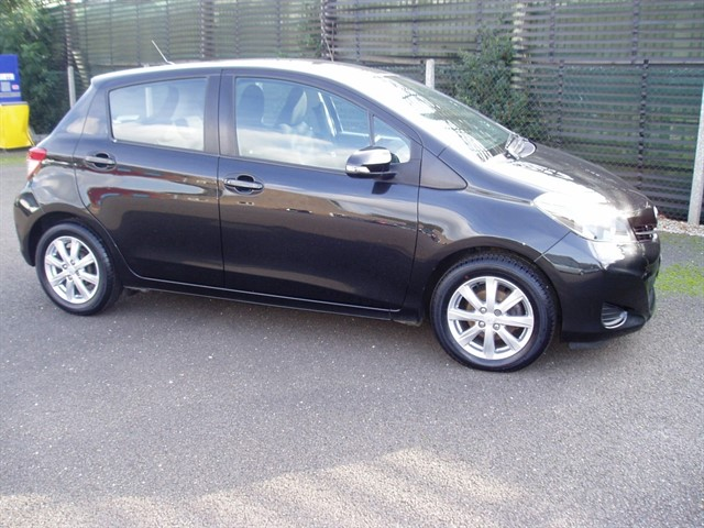 used Toyota Yaris VVT-I TR in lawford-manningtree