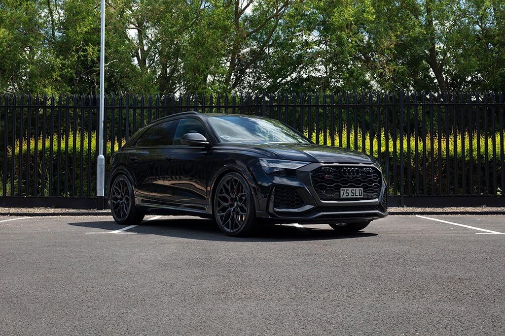 used Audi Q8 RS CARBON BLACK TFSI QUATTRO in milton-keynes-buckinghamshire