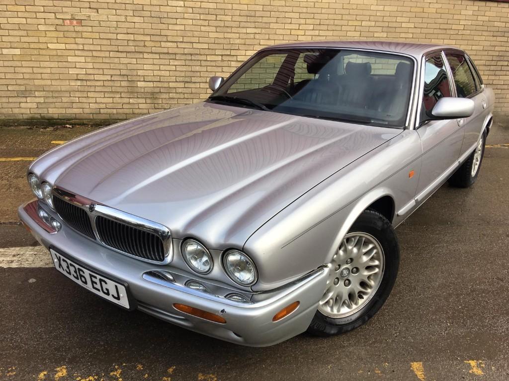 used Jaguar  XJ8