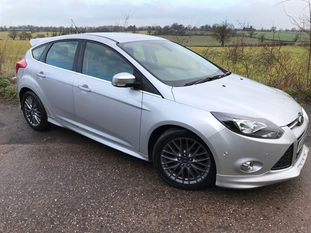 used Ford Focus TDCi Zetec S 5dr in west-midlands