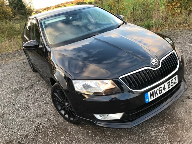 used Skoda Octavia TDI CR DPF Black Edition 5dr in west-midlands