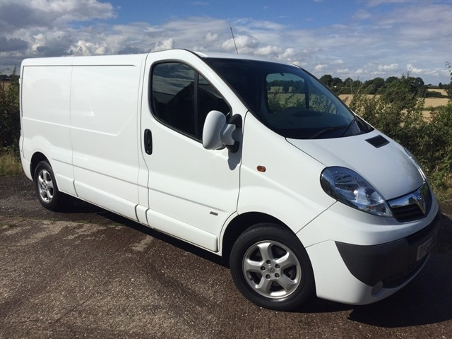 used Vauxhall Vivaro CDTi Sportive 2900 Panel Van 4dr (LWB, EU5) in west-midlands