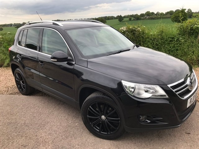 used VW Tiguan TDI Sport 4MOTION 5dr in west-midlands