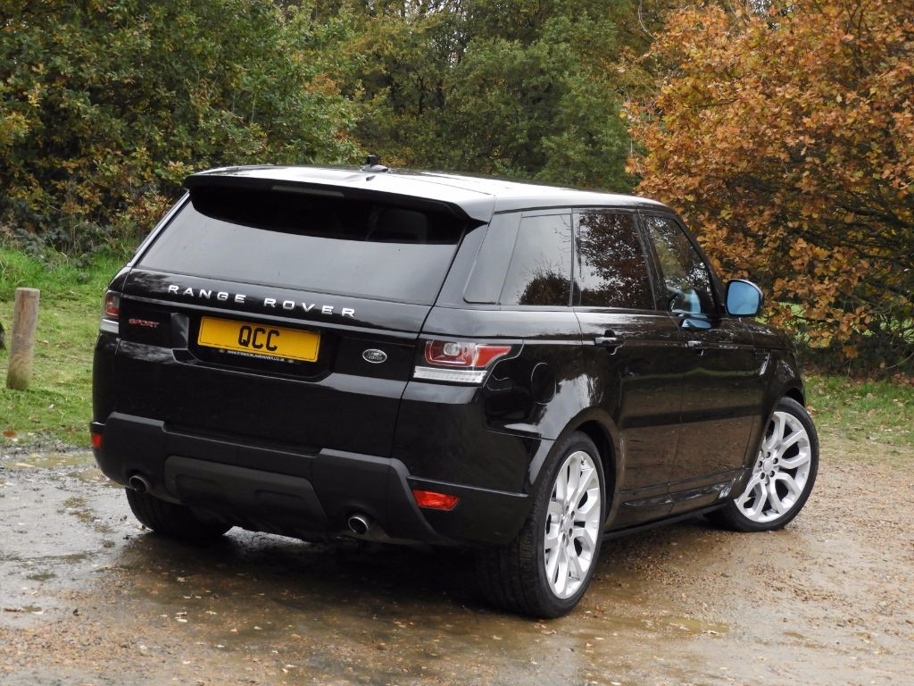 land rover range rover sport sdv6 hse dynamic auto 22 alloys panoramic roof quirks car company. Black Bedroom Furniture Sets. Home Design Ideas