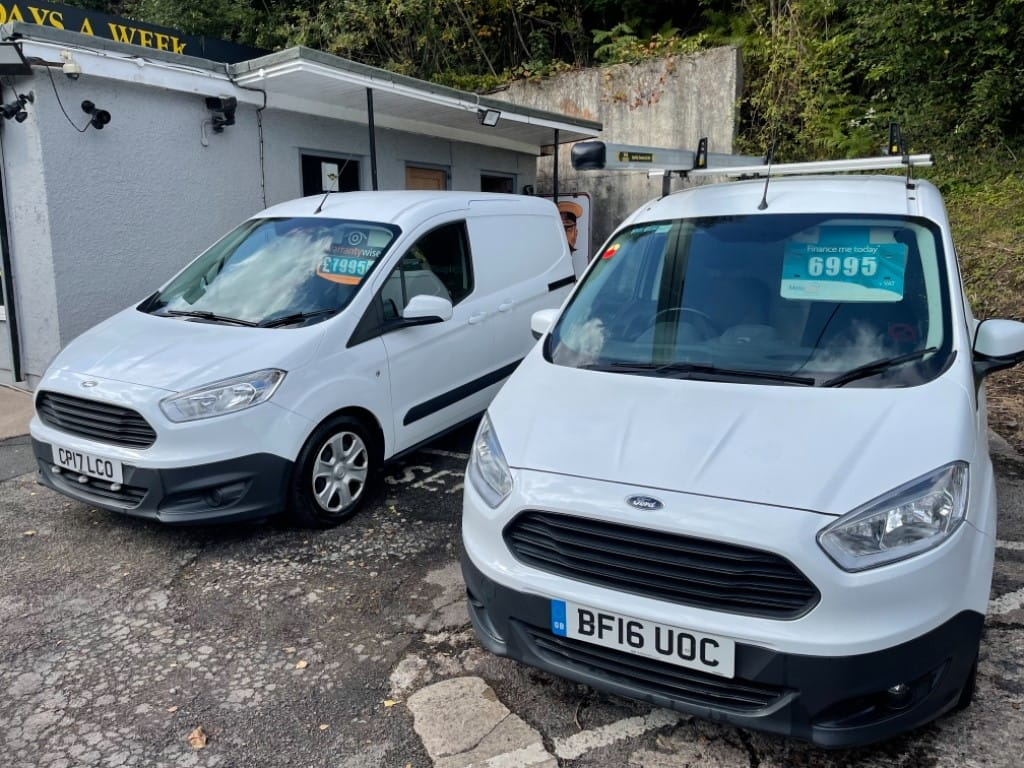 used Ford Transit Courier TREND TDCI / SIDE LOADING DOOR / AIR-CON in gwent