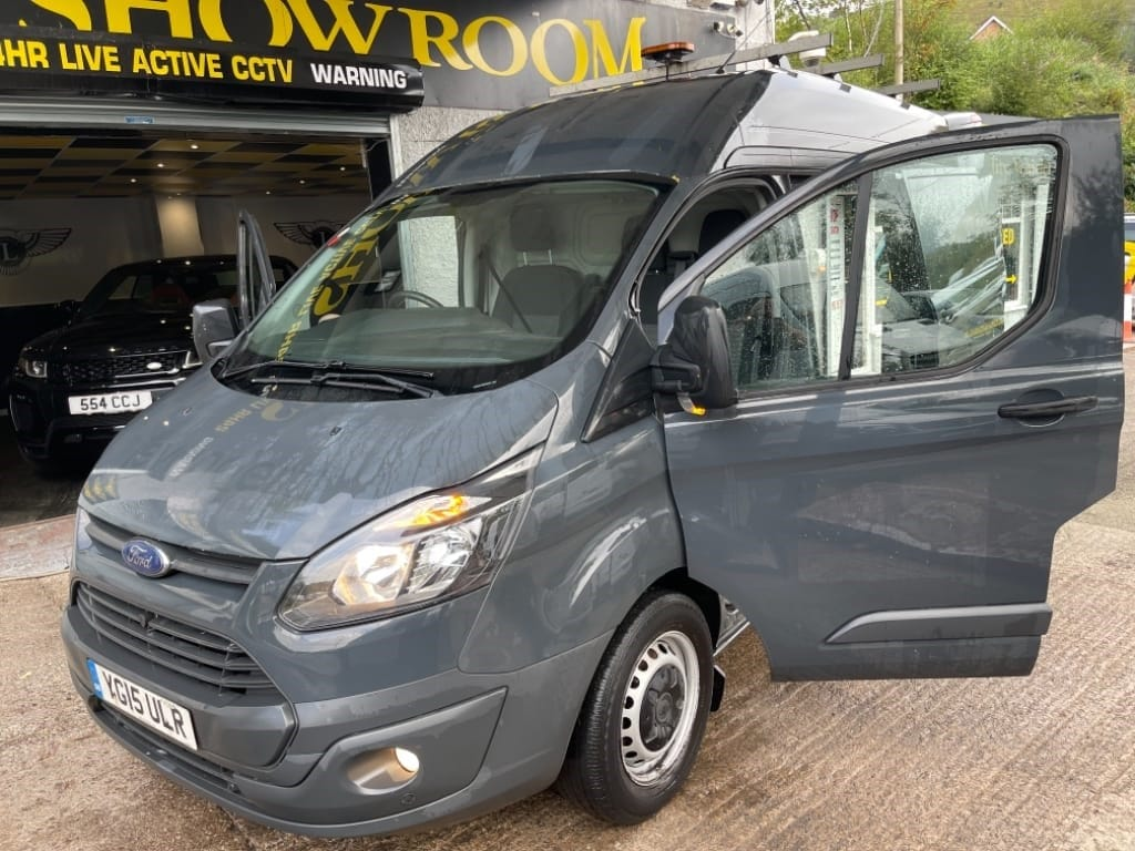 used Ford Transit Custom 330 / LWB / HIGH ROOF / AIR-CON in gwent