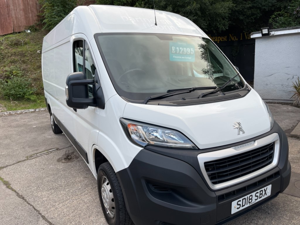 used Peugeot Boxer BLUE HDI S/S 335 L3H2 PROFESSIONAL in gwent
