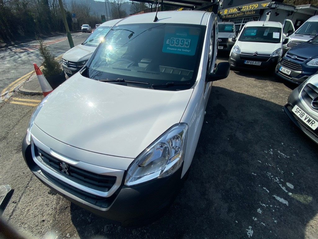 used Peugeot Partner BLUE HDI PROFESSIONAL L1 in gwent