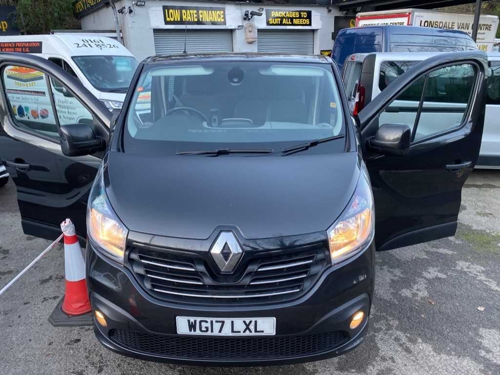 used Renault Trafic SL27 SPORT NAV ENERGY DCI CREW in gwent