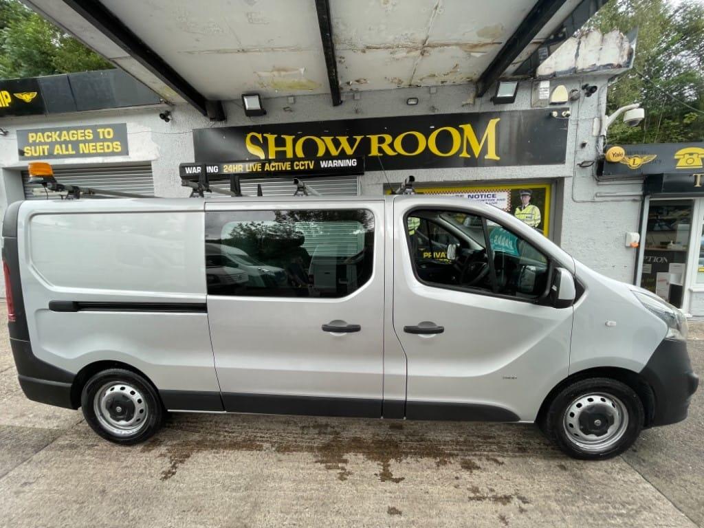 used Vauxhall Vivaro 2900 L2H1 CDTI DCB ECOFLEX / CREW-CAB in gwent