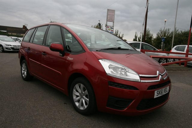 used Citroen C4 Picasso GRAND VTR HDI in kent