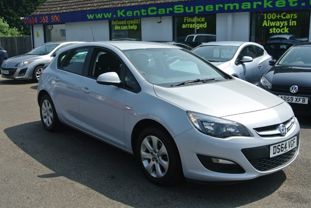 used Vauxhall Astra 1.6 DESIGN in kent