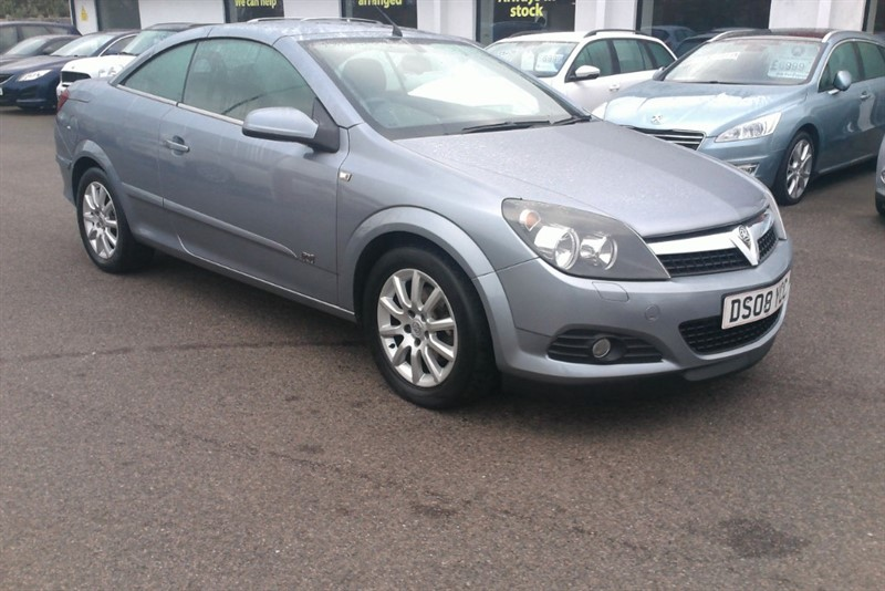used Vauxhall Astra TWIN TOP SPORT in kent