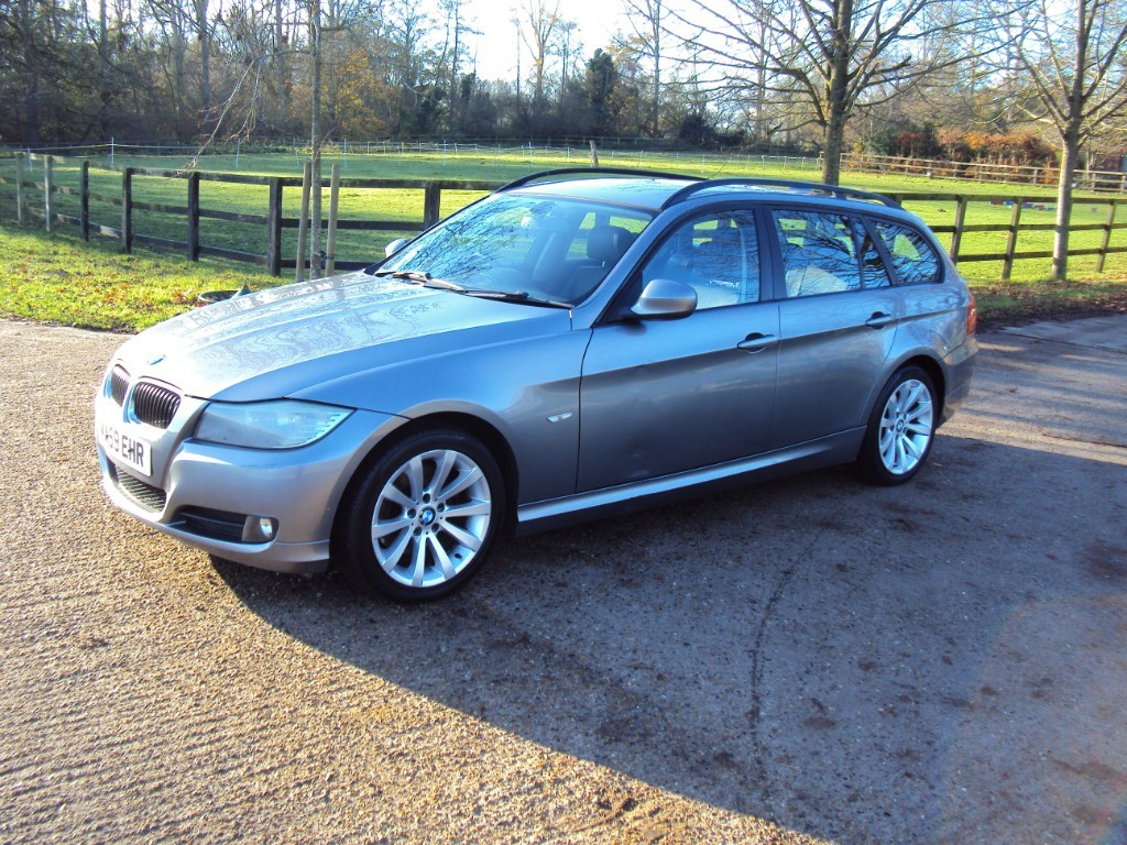 used BMW 320d SE TOURING in suffolk