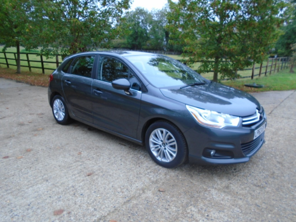 used Citroen C4 E-HDI VTR PLUS EGS in suffolk