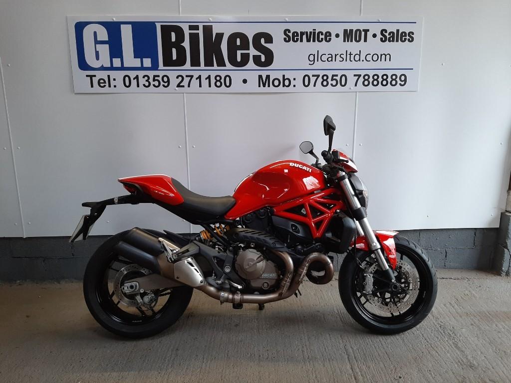 used Ducati Monster 832 STRIPE in suffolk