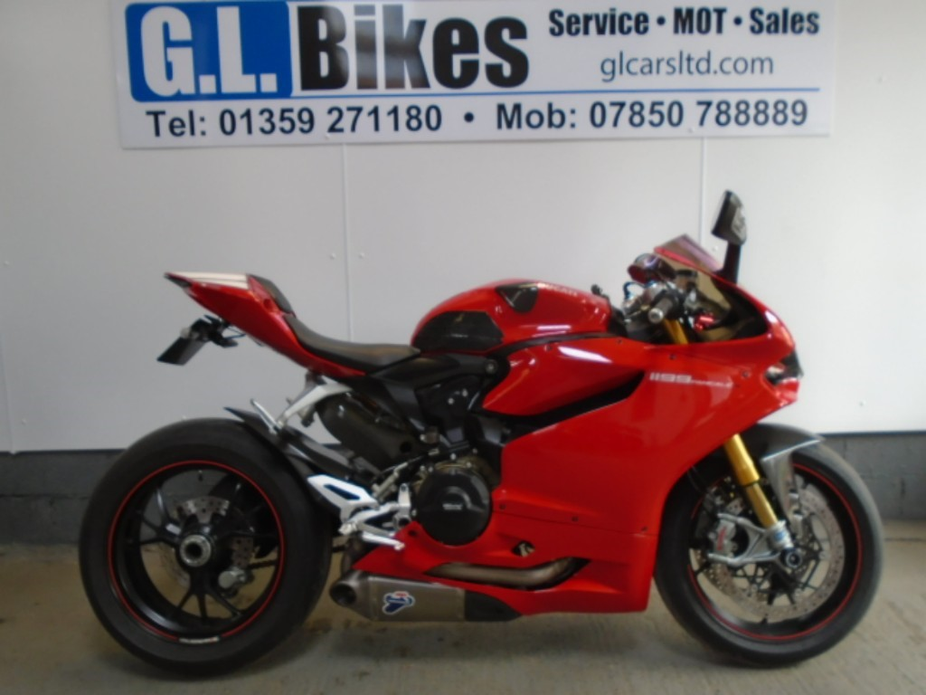 used Ducati  1199 PANIGALE S in suffolk