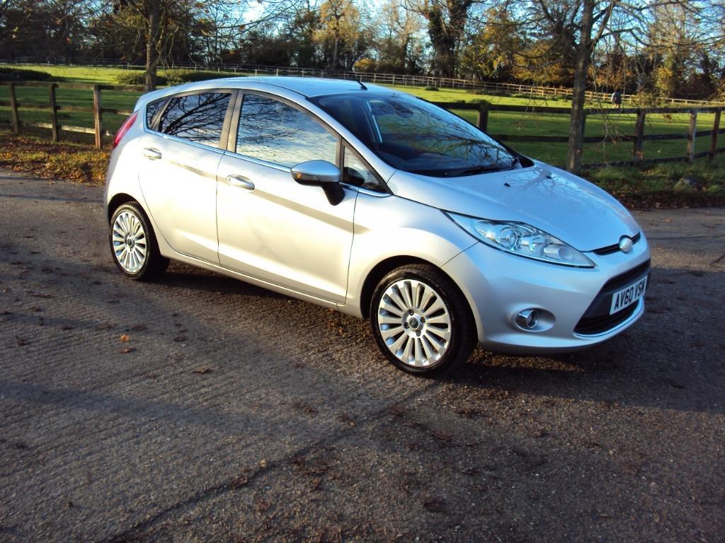 used Ford Fiesta TITANIUM in suffolk