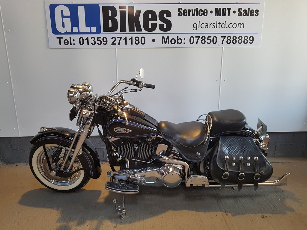 used Harley-Davidson SOFTAIL FLSTC HERITAGE SPRINGER in suffolk