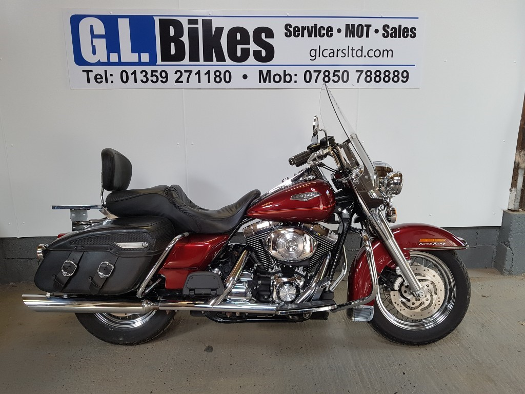used Harley-Davidson Touring ROADKING CLASSIC in suffolk