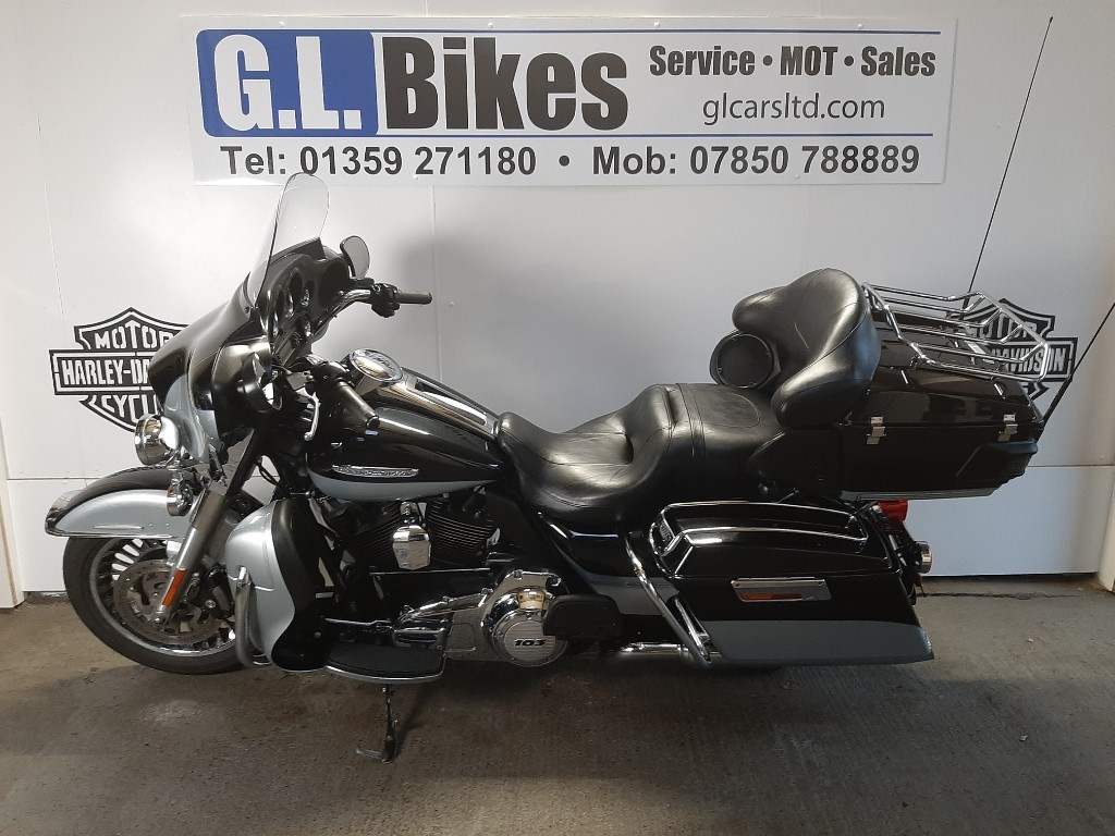 used Harley-Davidson Touring FLHTK ULTRA LIMITED in suffolk