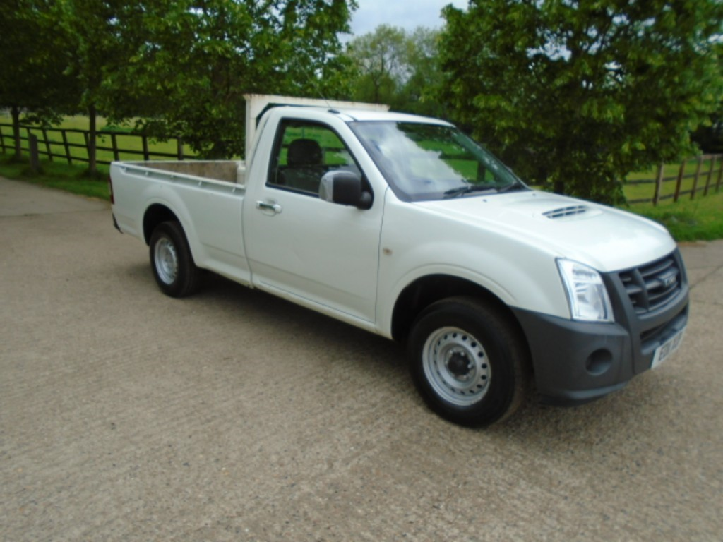 used Isuzu D-Max TD RODEO DENVER SCB in suffolk