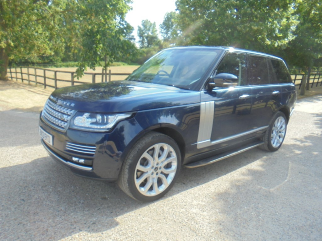 used Land Rover Range Rover SDV8 AUTOBIOGRAPHY in suffolk