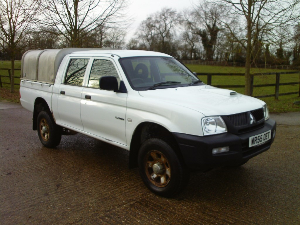 used Mitsubishi L200 4WD LWB GL 4WORK DCB in suffolk