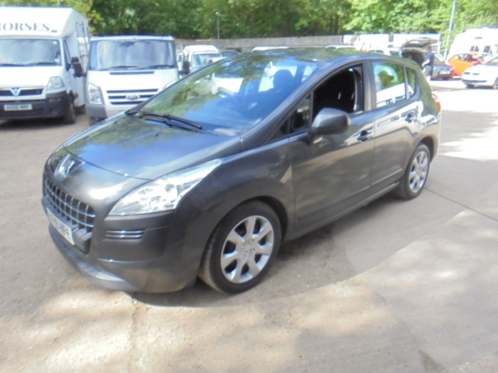 used Peugeot 3008 HDI ACTIVE in suffolk