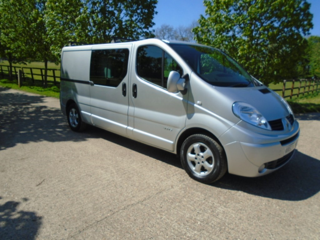 used Renault Trafic LL29 SPORT DCI S/R W/V QUICKSHIFT in suffolk