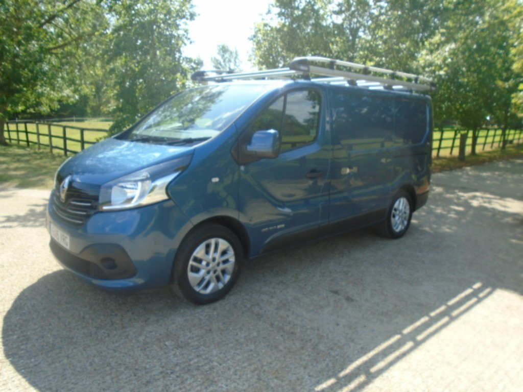 used Renault Trafic SL27 SPORT ENERGY DCI S/R P/V in suffolk
