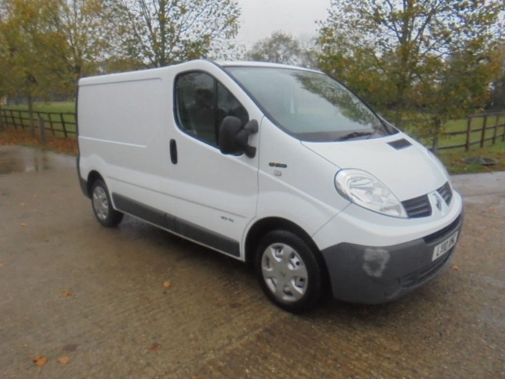 used Renault Trafic SL27 EXTRA DCI L/R P/V in suffolk