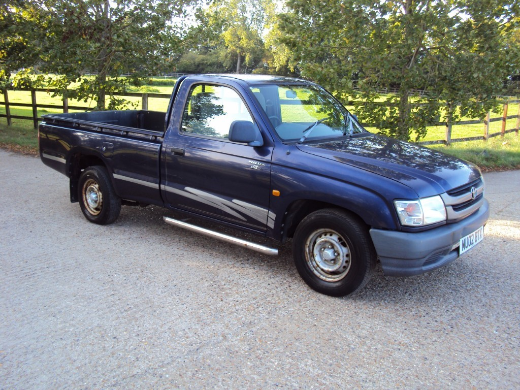 used Toyota Hilux 240 2WD MWB P/U in suffolk