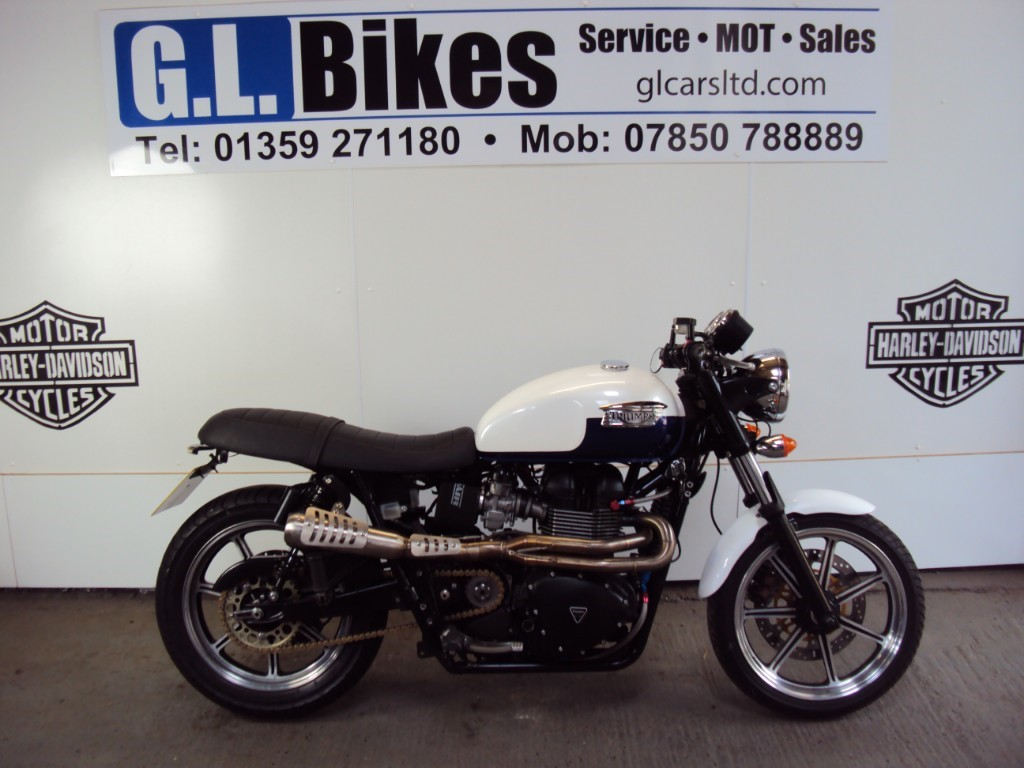 used Triumph Bonneville 865  in suffolk