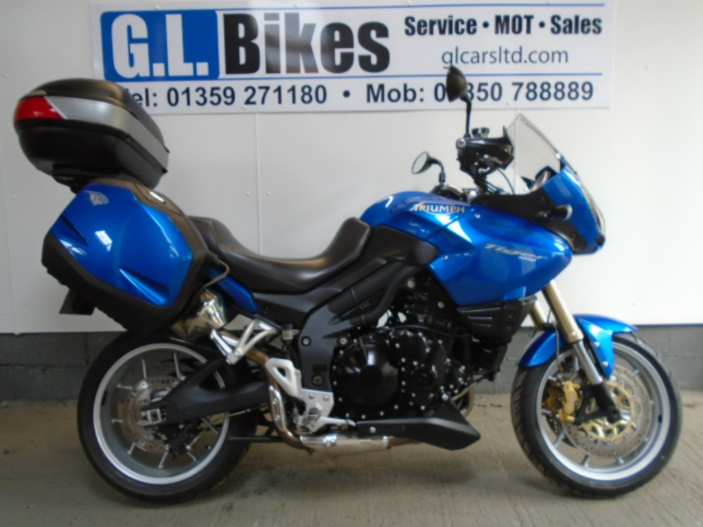 used Triumph Tiger 1050 LOW in suffolk