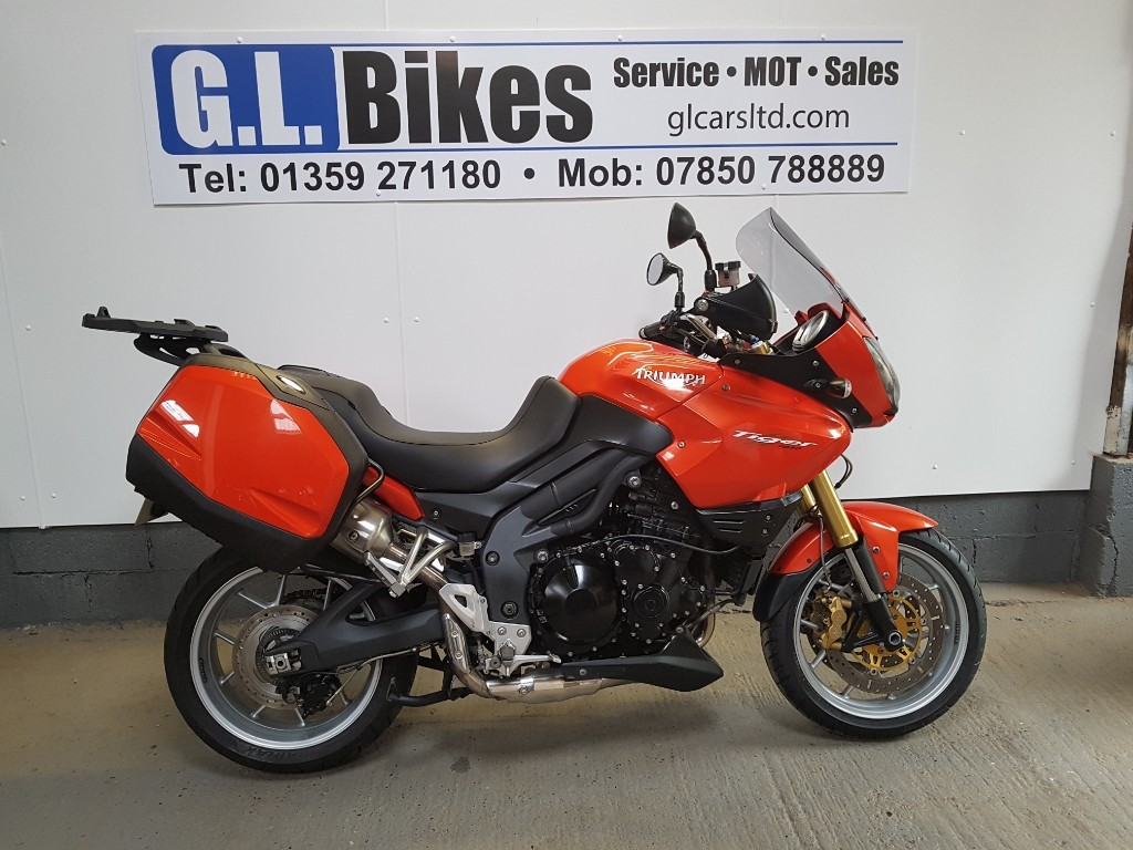used Triumph Tiger 1050 SE ABS in suffolk