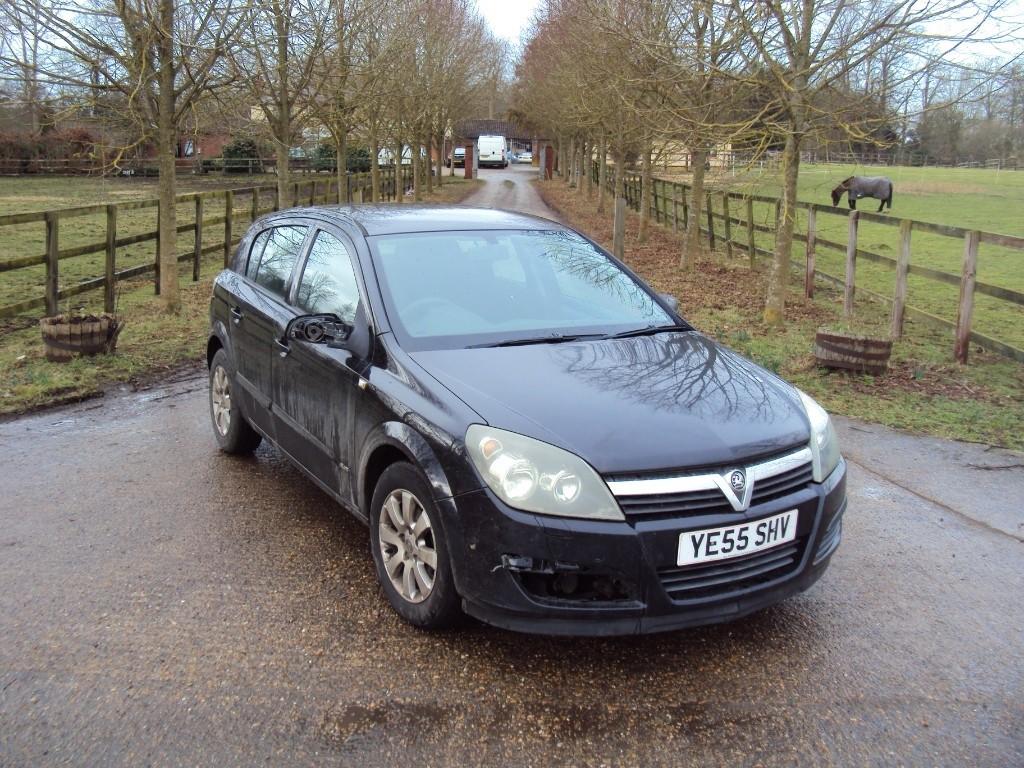 used Vauxhall Astra CLUB CDTI 80 in suffolk