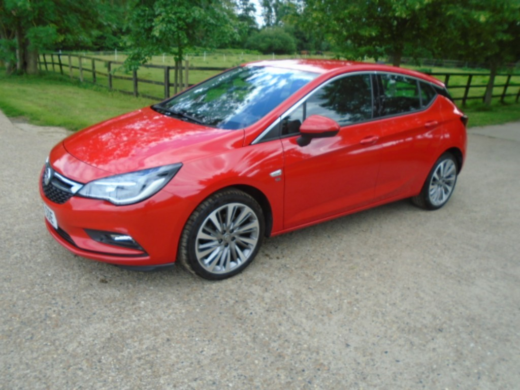 used Vauxhall Astra ELITE NAV CDTI in suffolk