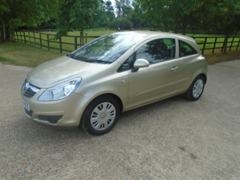 used Vauxhall Corsa CLUB AC 16V in suffolk