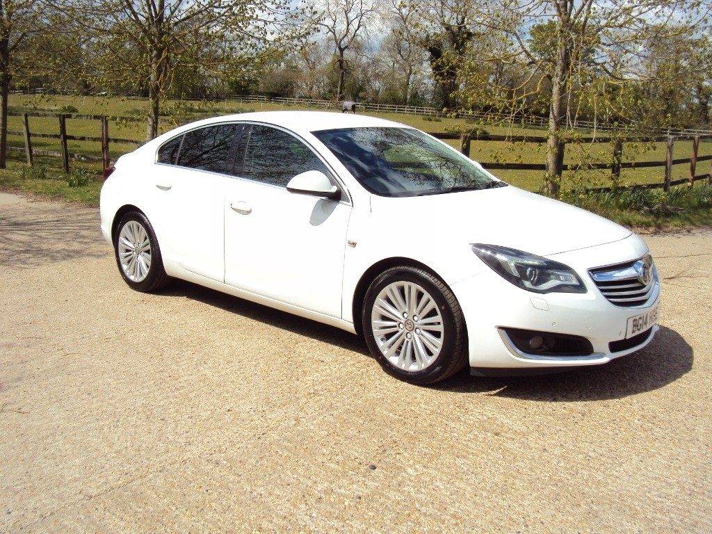 used Vauxhall Insignia TECH LINE CDTI ECOFLEX S/S in suffolk