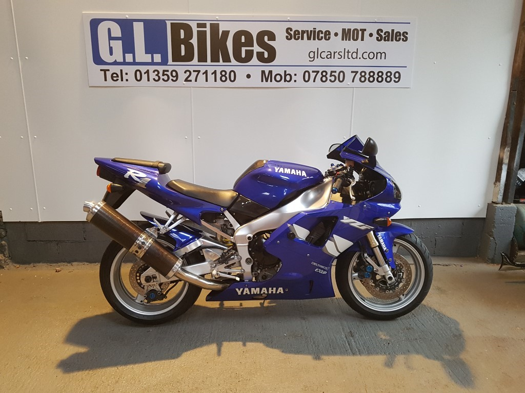 used Yamaha YZF-R1 4XV in suffolk