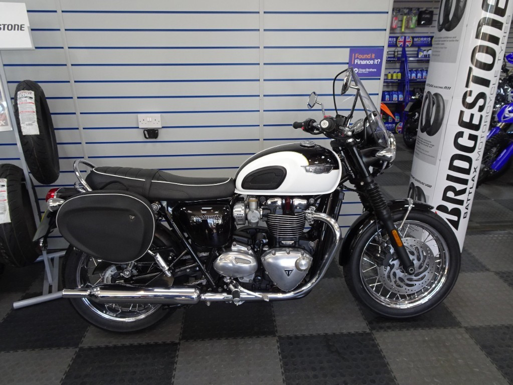 Triumph Bonneville For Sale In Northamptonshire Churchill Motorcycles