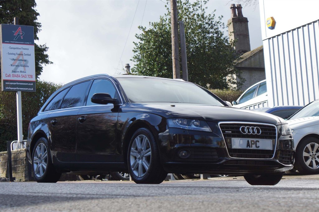 used Audi A4 Avant TDI SE S Tronic quattro 5dr in west-yorkshire