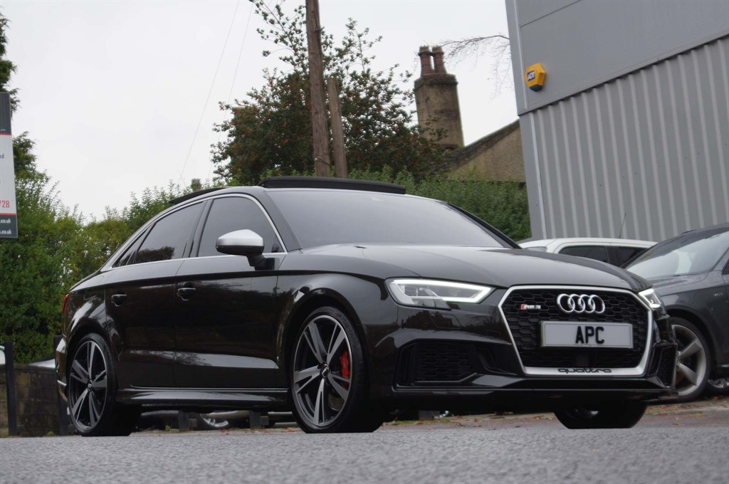 used Audi RS3 TFSI S Tronic quattro (s/s) 4dr in west-yorkshire