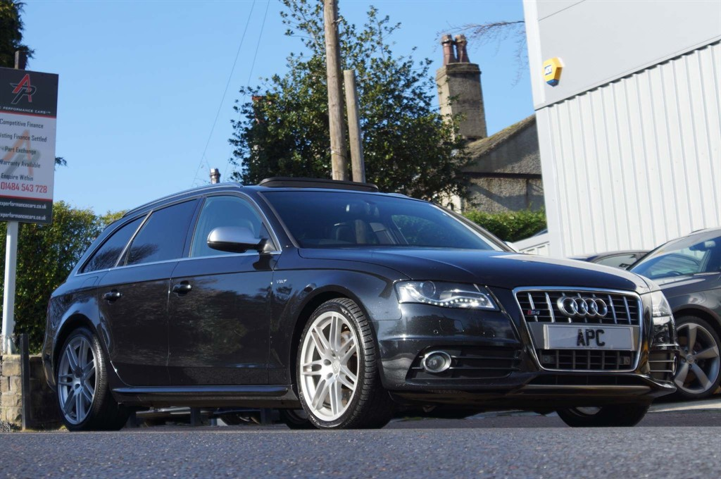 used Audi S4 Avant TFSI V6 S Tronic quattro in west-yorkshire