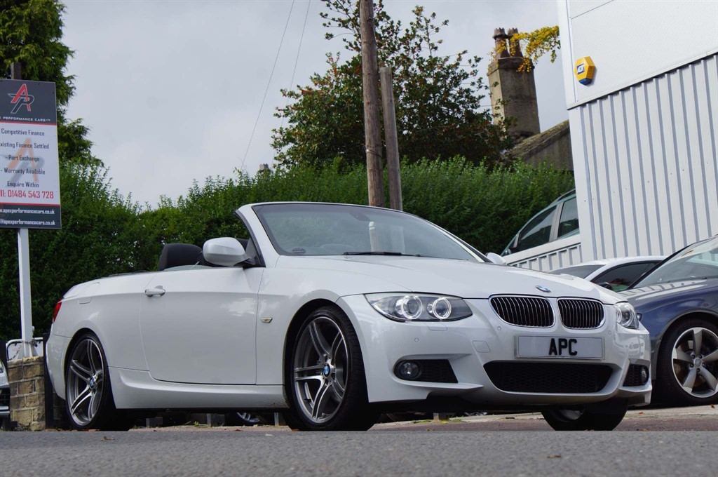 used BMW 325i 3 Series M Sport 2dr in west-yorkshire
