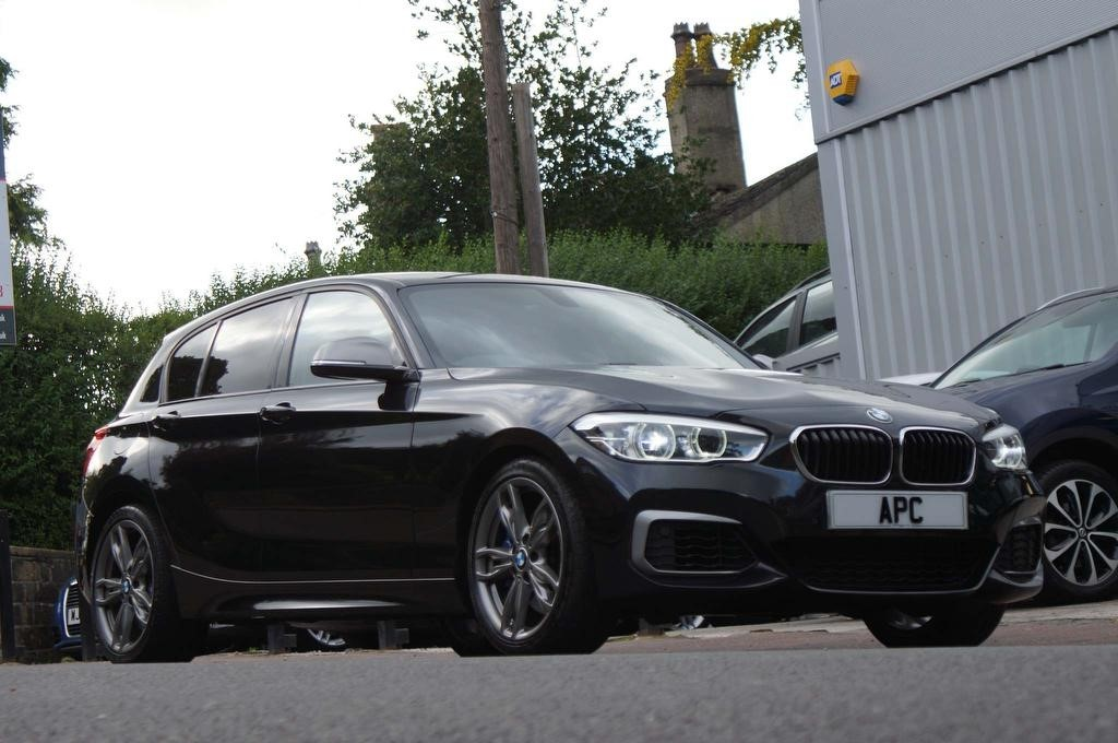 used BMW M140i 1 Series Auto (s/s) 5dr in west-yorkshire