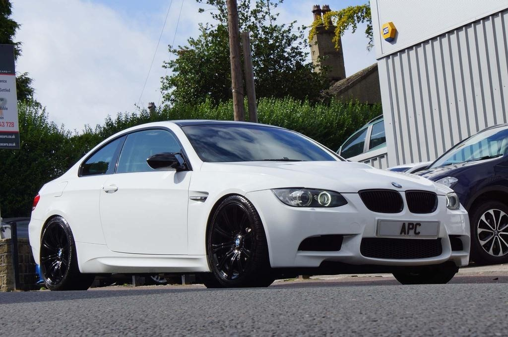 used BMW M3 V8 M DCT 2dr in west-yorkshire