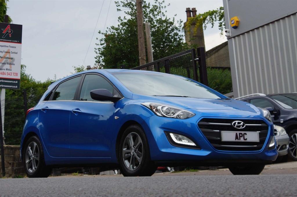 used Hyundai i30 SE Auto in west-yorkshire