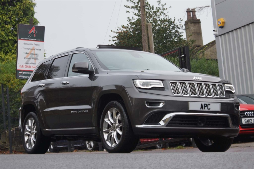 used Jeep Grand Cherokee V6 CRD Summit Auto 4WD in west-yorkshire